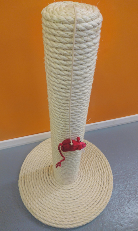 100% Sisal Large Cat Scratching Post | ScratchyCats