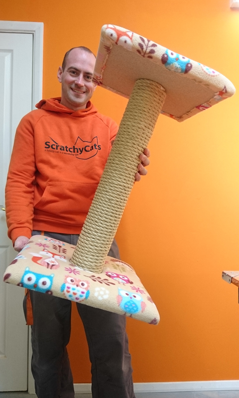 Large Cat Scratching Post with Platform   ScratchyCats
