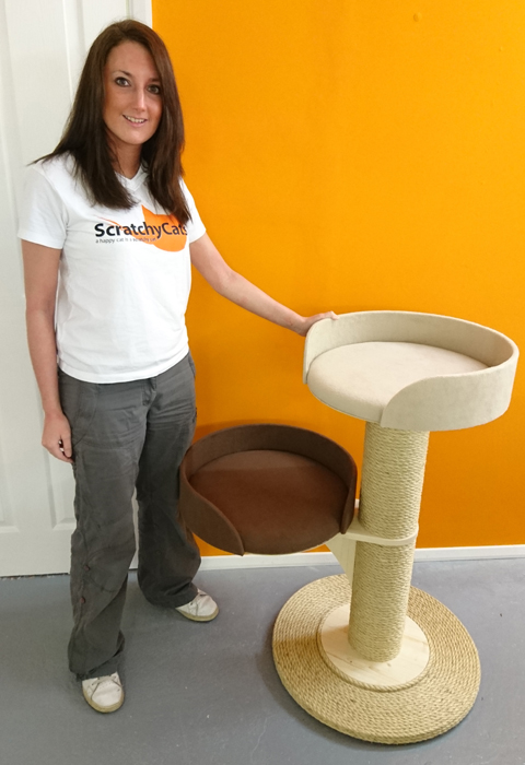 Modular Cat Tower System with 2 Scratching Post Sections and 2 Large Beds | ScratchyCats