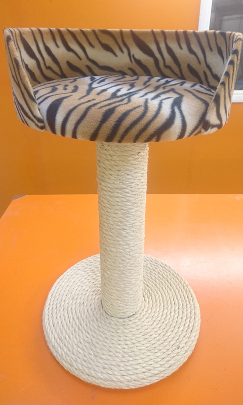 100% Sisal Large Cat Scratching Post with Tub Bed