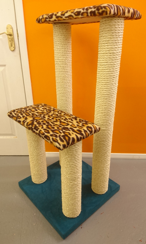 Twin Step Luxury Cat Climbing Frame Made in the UK