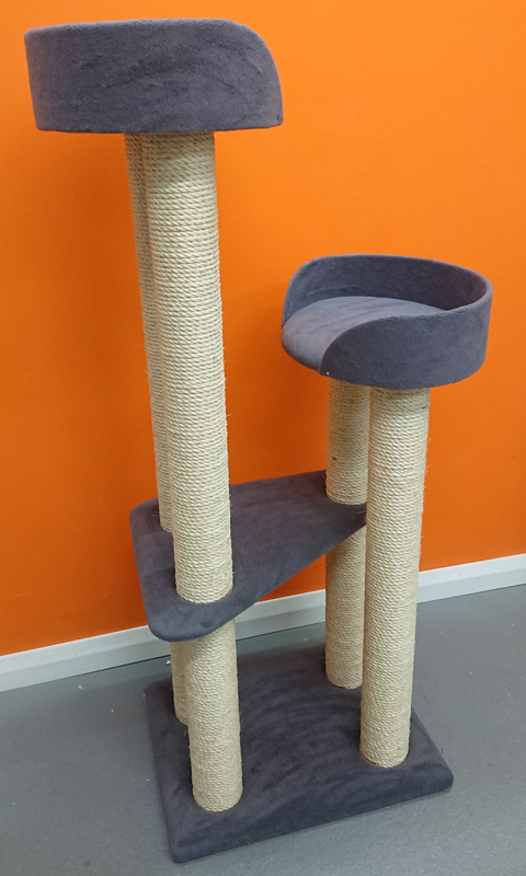 Bespoke Cat Tree with Oval Facing Beds | ScratchyCats