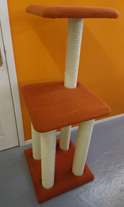 Rust Cat Scratching Post | ScratchyCats