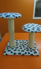 White with Black Paws Cat Scratching Post | ScratchyCats